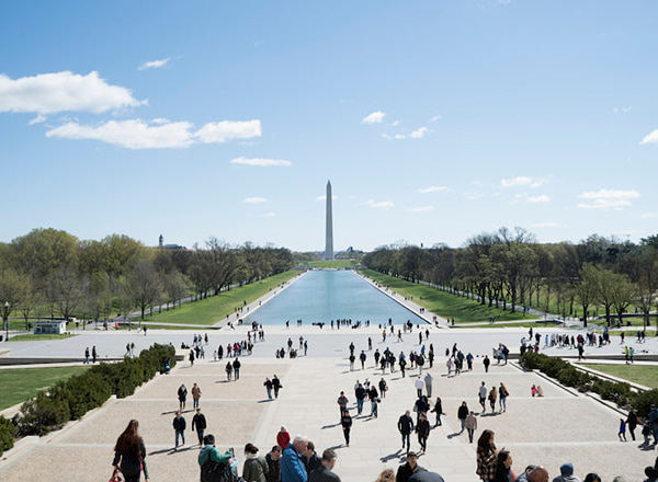 a guide to visiting Washington, D.C. with a group