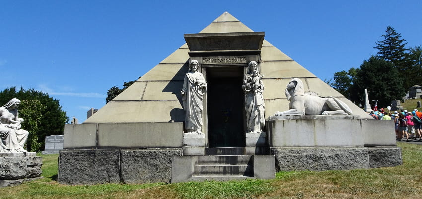 Brunswig Mausoleum in Metairie Cemetery