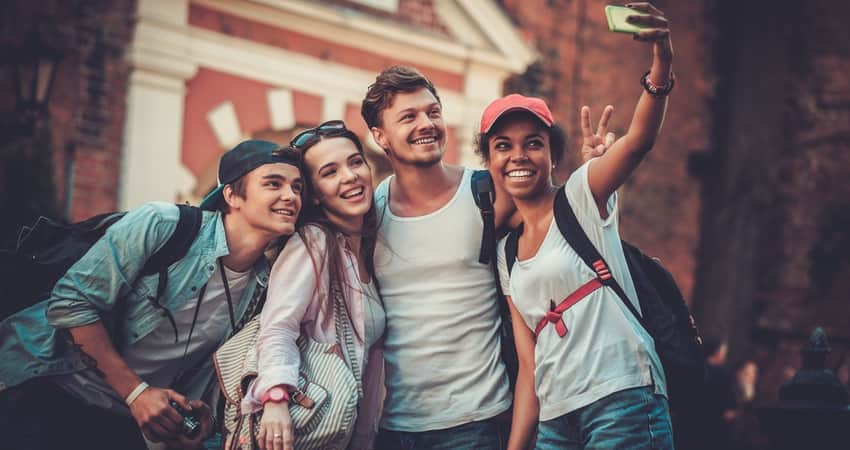 A group of friends taking a selfie photo