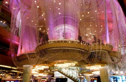 the chandelier lounge in las vegas