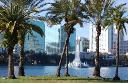 Fountain in Lake Eola
