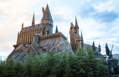 a view of a hogwarts castle at universal studios hollywood