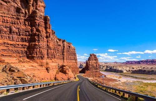 red rock canyon drive in las vegas