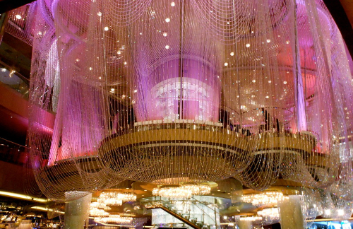 the chandelier lounge in las vegas
