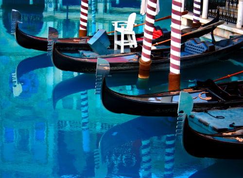 gondolas outside of the venetian hotel las vegas